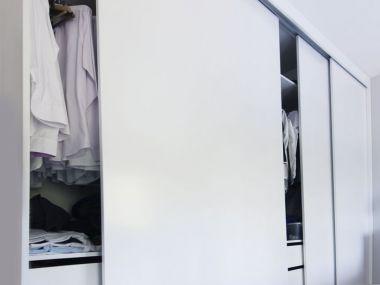 Garderoba biała