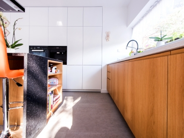 Kuchnia otwarta (fornir + lakier)